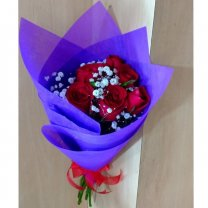 Half Dozen Fresh Red Roses Bouquet
