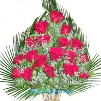 18 Fresh Red Roses Love Basket