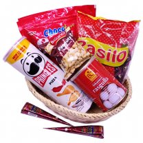Rasgulla And Chocolate Basket With Mehendi for Her