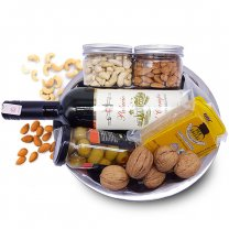 Dry Nuts, Red Wine, Cheese, Green Olive Festive Gift Tray