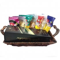 JW Double Black, Namkeens Dry Nuts Basket