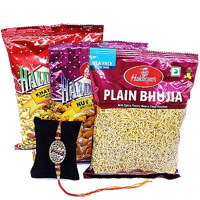 Rakhi Thread With Haldiram's Namkeens Combo