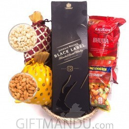 Festival pack - Snacks Basket with JW Black Label Whiskey