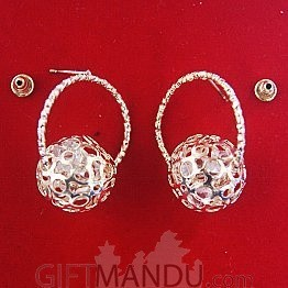 Classic Ball Earring With Silver Color