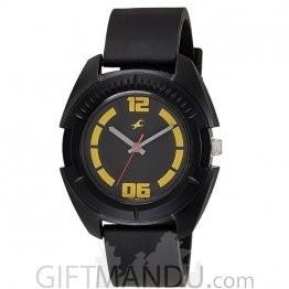 Fastrack Plastic Case Black Dial Analog Watch for Men (3116PP03)