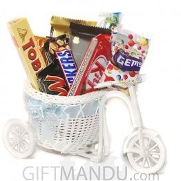 Chocolates Delivery on Rickshaw for My Valentine (11 Items)