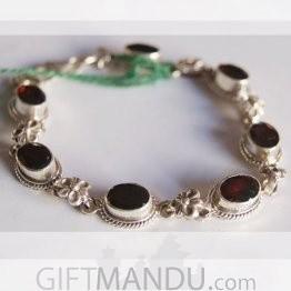 Silver Bracelet - Flower Chain Design Garnet Stone