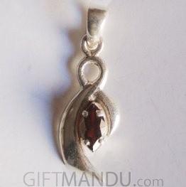 Silver Pendant - Garnet Stone