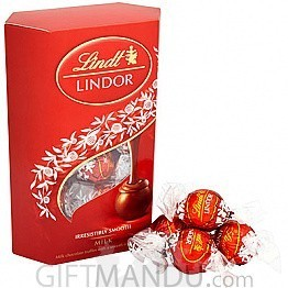 Lindt Lindor Irresistibly Smooth Swiss Milk Chocolate