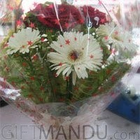Lovely Red Roses White Gerbera Basket