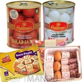 Assortment Sweets and Soan Papdi (4 items)