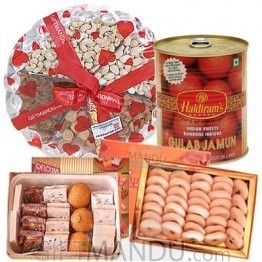 Mithai, Dry Nuts & Tin pack Sweets