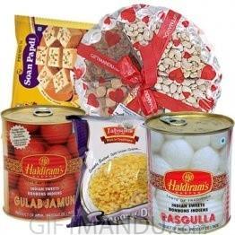 Dry Nuts Tray, Moong Dal, Tin Rasbari and Lal Mohan, and Soan Papdi (5 items)