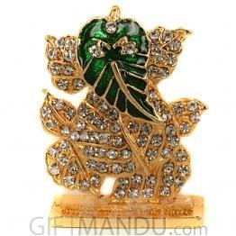 Alankruthi Religious Metal and stone studded Leaf Ganesh Idol (2 inch)