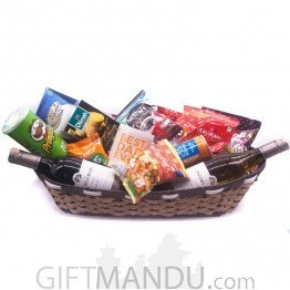 Twin Wine, Snacks & Juice Gift Basket