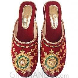Makhmali Embroidered Slipper (Size 8)