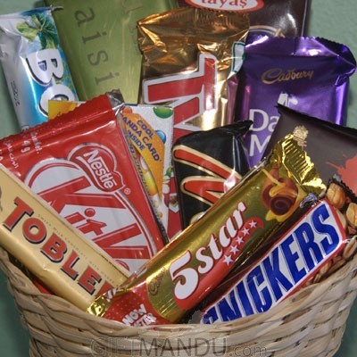 Cadbury dozen chocolates gift basket 12 chocolates send gifts cadbury dozen chocolates gift basket 12 chocolates negle Choice Image