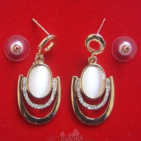 U- shape hoop earrings