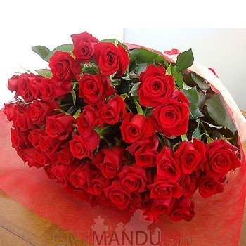 50 Long Stemmed Fresh Red Roses