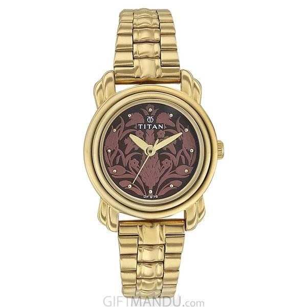 Titan Beige Dial Analog Watch for Women (2534YM04)