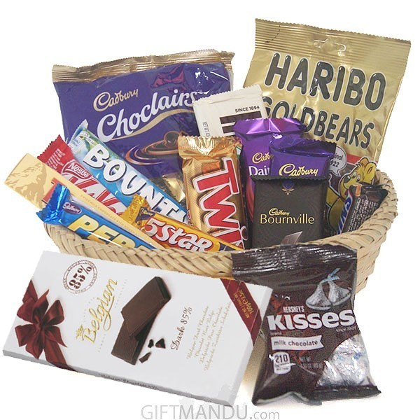 Assorted Chocolates Gift Basket for All (15 Items)