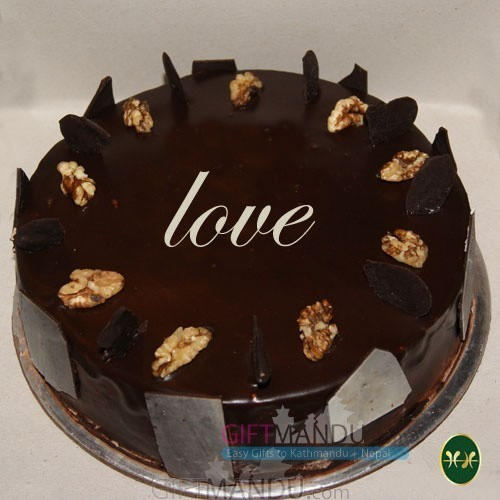 Love Chocolate Cake from Five Star Hotel (Walnut)