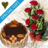 Five Star Tiramisu Cake with Fresh Red Roses Bunch