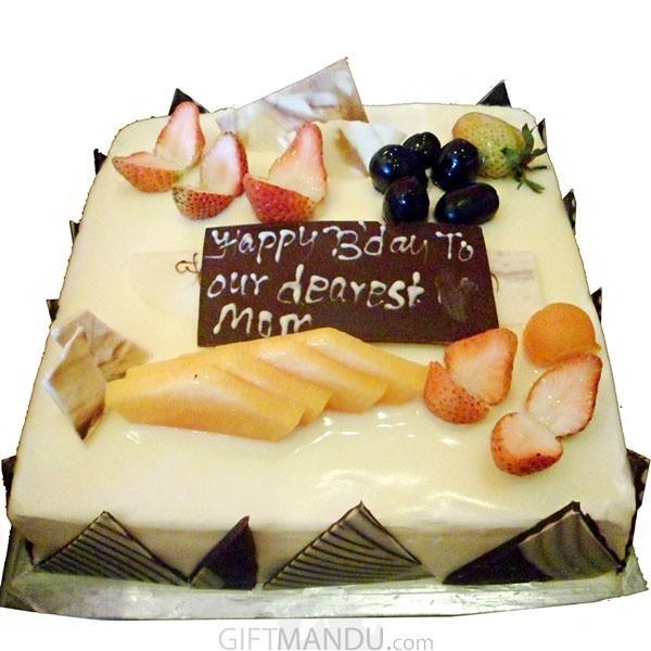 Vanilla Square Cake from Radisson Hotel