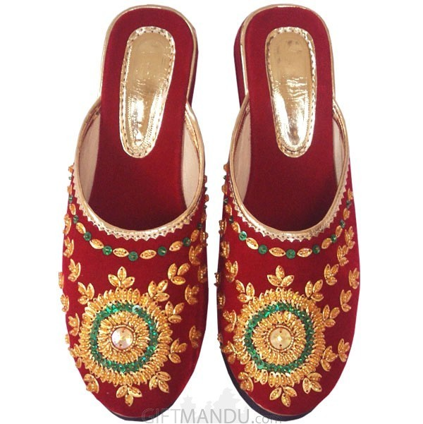 Makhmali Embroidered Slipper (Size 8)